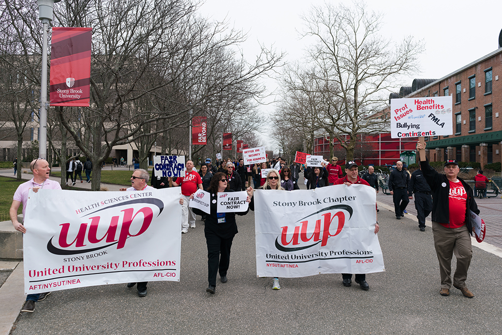 Campus labor union demands contract after 20-month hold up